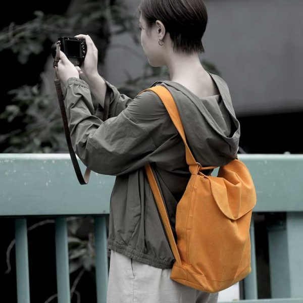 comora(コモラ)新コンセプトのカメラバッグ。